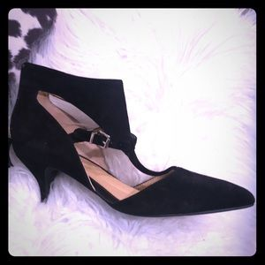 Black cut out kitten heels